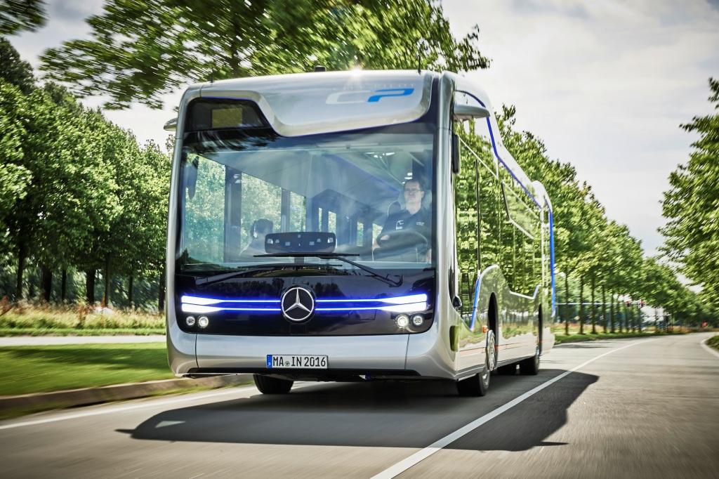 Mercedes Future Bus 2