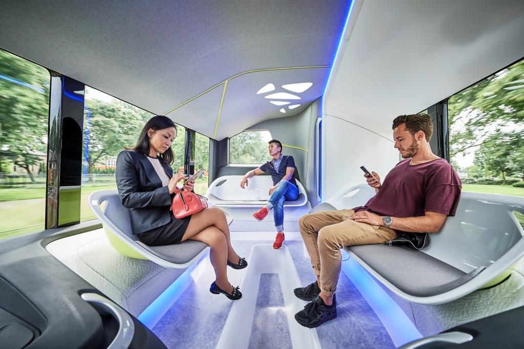 Mercedes Future Bus 3