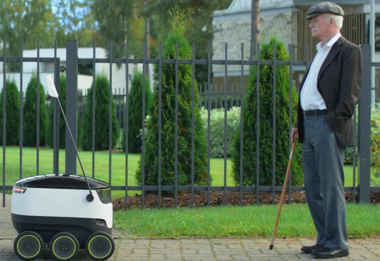 robot delivery 1
