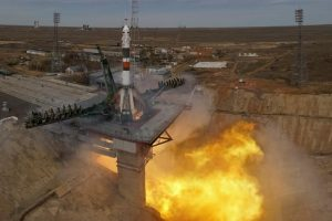 The Soyuz MS-04 spacecraft carrying the crew of Jack Fischer of the U.S. and Fyodor Yurchikhin of Russia blasts off to the International Space Station (ISS) from the launchpad at the Baikonur Cosmodrome, Kazakhstan April 20, 2017. REUTERS/Shamil Zhumatov