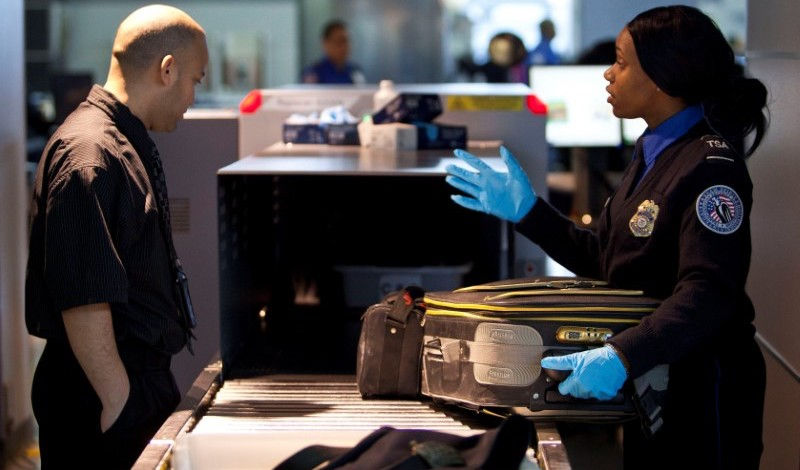 us_airlines_xray_security_reuters_1494575241286
